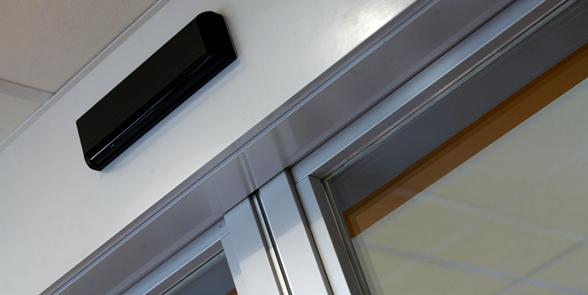 Detail of an automatic sliding door Gatemaster® Excel